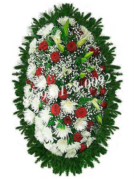 Венок из живых цветов №9
